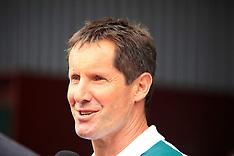 Christchurch-Rugby, RWC, Australia arrive for training at Hamner