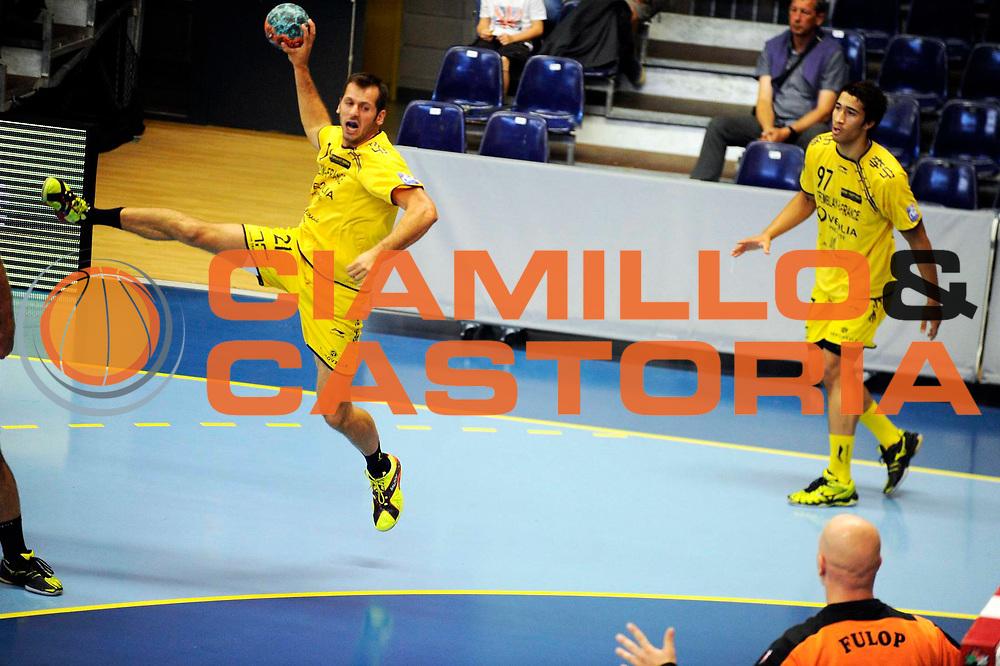 DESCRIZIONE : Handball Tournoi de Cesson Homme<br /> GIOCATORE : PEYRABOUT Benoit<br /> SQUADRA : Tremblay<br /> EVENTO : Tournoi de cesson<br /> GARA : Tremblay Selestat<br /> DATA : 07 09 2012<br /> CATEGORIA : Handball Homme<br /> SPORT : Handball<br /> AUTORE : JF Molliere <br /> Galleria : France Hand 2012-2013 Action<br /> Fotonotizia : Tournoi de Cesson Homme<br /> Predefinita :