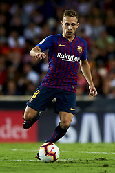 October 8, 2018 - Valencia, Valencia, Spain - Arthur Melo does passed during the week 8 of La Liga match between Valencia CF and FC Barcelona at Mestalla Stadium in Valencia, Spain on October 7, 2018. (Credit Image: © Jose Breton/NurPhoto/ZUMA Press)