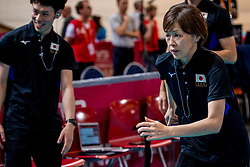 07-07-2017 NED: World Grand Prix Japan - Thailand, Apeldoorn<br /> Second match of first weekend of group C during the World Grand Prix / Coach Nakada Kumi of Japan