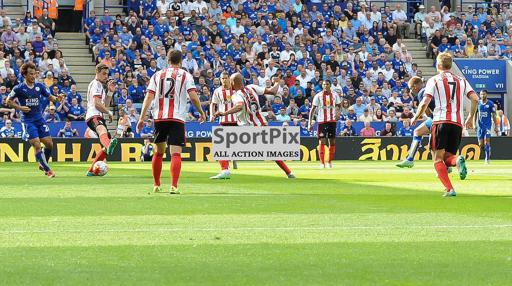 Marc Albrighton turn and shoots low in to the corner to give Leicester a 4-1 lead (c) Simon Kimber | SportPix.org.uk
