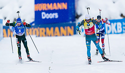 09.12.2017, Biathlonarena, Hochfilzen, AUT, IBU Weltcup Biathlon, Hochfilzen, Herren, Verfolgung, im Bild v.l. Simon Schempp (GER), Martin Fourcade (FRA) // f.l. Simon Schempp of Germany and Martin Fourcade of France during men's Pursuit of BMW IBU Biathlon World Cup at the Biathlonarena in Hochfilzen, Austria on 2017/12/09. EXPA Pictures © 2017, PhotoCredit: EXPA/ Stefan Adelsberger
