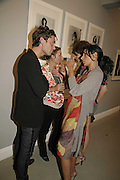 JUDE LAW AND SERENA REES, Photos by Robert Mapplethorpe: Still Moving & Lady, Alison Jacques Gallery, 4 Clifford Street, London, W1, Dinner afterwards at the  The Dorchester with performance by Patti Smith, 7 September 2006.  ONE TIME USE ONLY - DO NOT ARCHIVE  © Copyright Photograph by Dafydd Jones 66 Stockwell Park Rd. London SW9 0DA Tel 020 7733 0108 www.dafjones.com