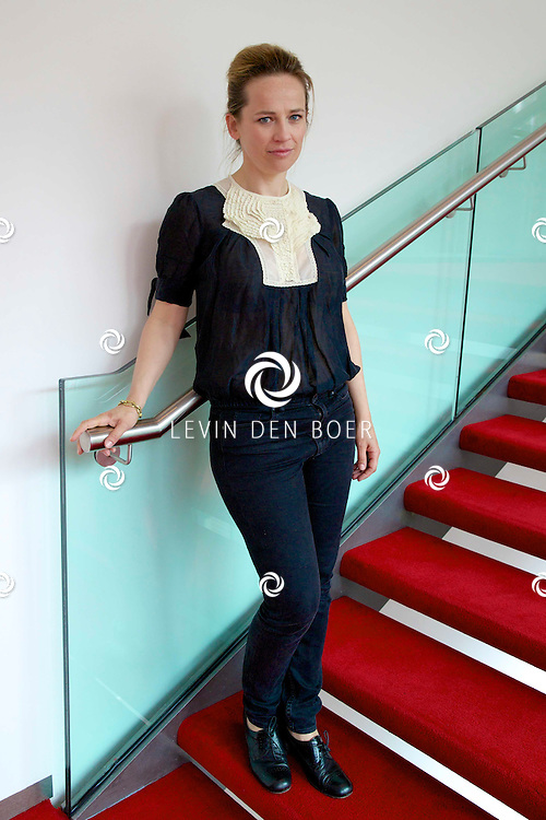 AMSTERDAM - In theater DeLaMar werd de nieuwe zomerkomedie aangekondigd genaamd 'Bedscènes'. Met op de foto  Lies Visschedijk. FOTO LEVIN DEN BOER - PERSFOTO.NU