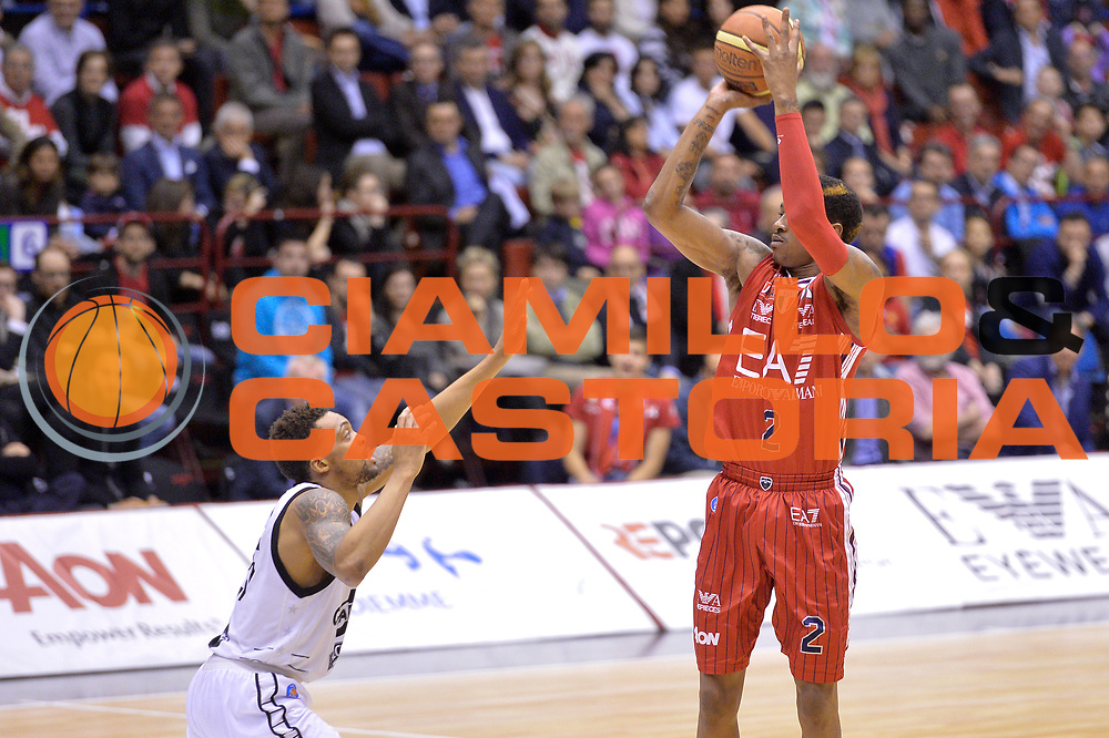 DESCRIZIONE : Milano Lega A 2014-15 EA7 Emporio Armani Milano vs Granarolo Bologna playoff Quarti di Finale gara 2 <br /> GIOCATORE : MarShon Brooks<br /> CATEGORIA : Tiro<br /> SQUADRA : EA7 Emporio Armani Milano<br /> EVENTO : PlayOff Quarti di finale gara 2<br /> GARA : EA7 Emporio Armani Milano vs Granarolo Bologna PlayOff Quarti di finale Gara 2<br /> DATA : 20/05/2015 <br /> SPORT : Pallacanestro <br /> AUTORE : Agenzia Ciamillo-Castoria/Mancini Ivan<br /> Galleria : Lega Basket A 2014-2015 Fotonotizia : Milano Lega A 2014-15 EA7 Emporio Armani Milano vs Granarolo Bologna  playoff quarti di finale  gara 2 Predefinita :