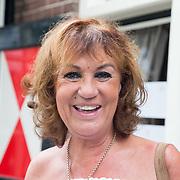 NLD/Blaricum/20160906 - Willibrord Frequin viert 75 ste verjaardag in Moeke Spijkstra, Jose Hoebe
