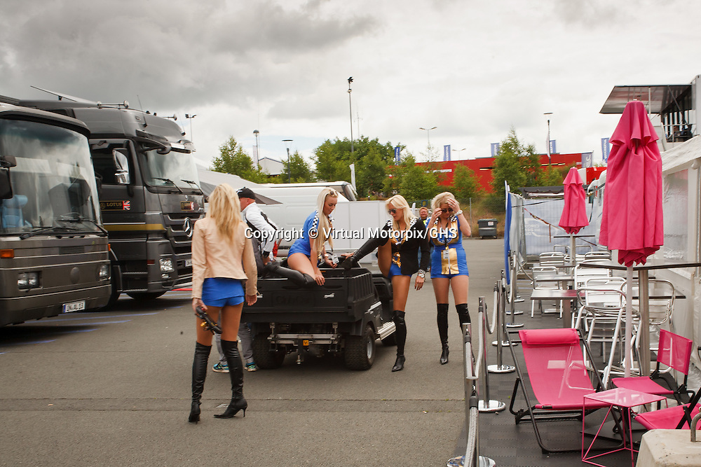 Glamour girls at Le Mans 24H 2013