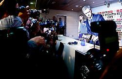 31.05.2010, Estadio Santiago Bernabeu, Madrid, ESP, Real Madrid, Präsentation Jose Mourinho im Bild Real Madrid's neuer Trainer Jose Mourinho und Fotografen, EXPA Pictures © 2010, PhotoCredit: EXPA/ Alterphotos/ Alvaro Hernandez / SPORTIDA PHOTO AGENCY