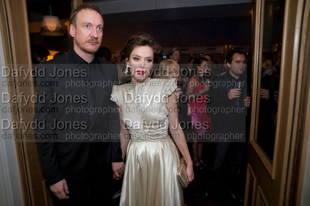 DAVID THEWLIS; ANNA FRIEL, The afterparty following the press night of 'Breakfast At Tiffany's' The Swimming pool,  Haymarket Hotel, London. September 29  2009.
