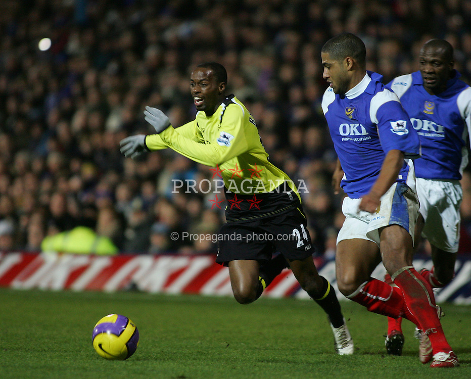 Portsmouth, England - Saturday, February 10, 2007: Portsmouth's DaMarcus Beaasley and Manchester City's Glen Johnson during the Premiership match at Fratton Park. (Pic by Chris Ratcliffe/Propaganda)