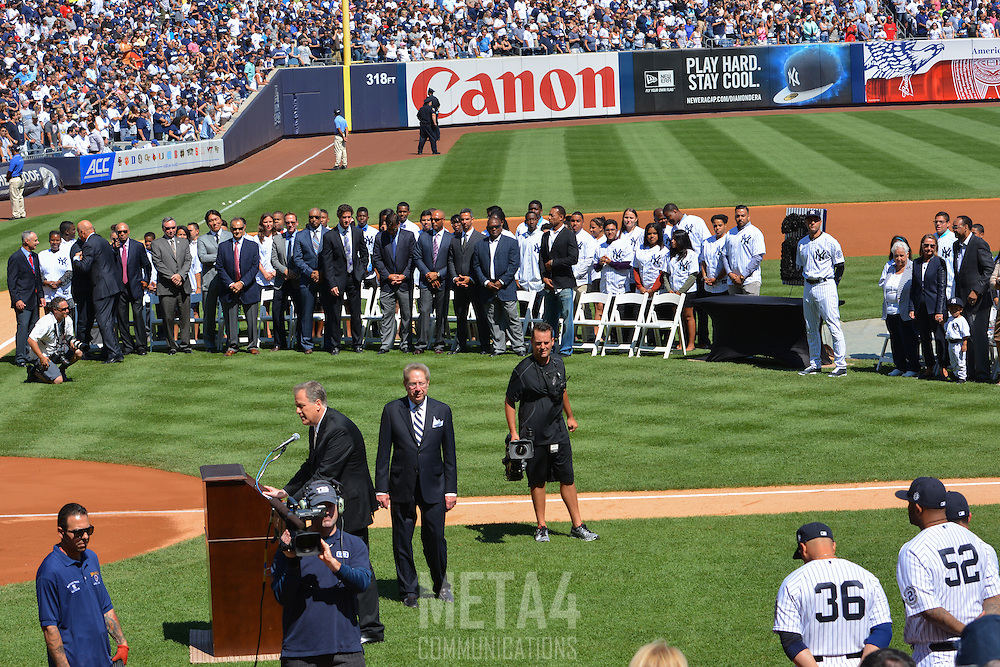 Former Yankee greats and honored guests pay tribute to Derek Jeter as Master of Ceremonies Michael Kay introduces the next guest.