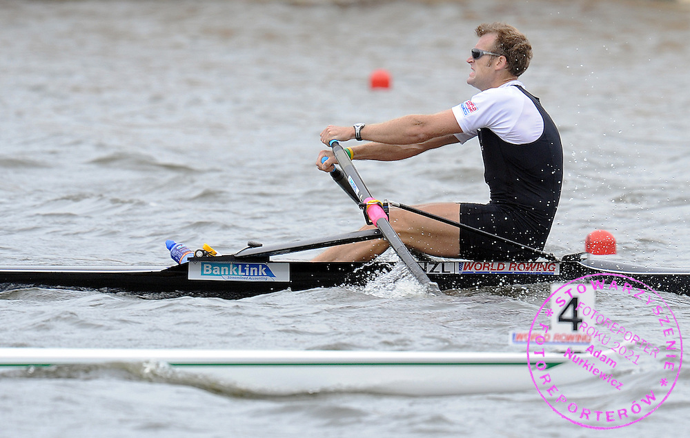 MAHE DRYSDALE (NEW ZEALAND) COMPETES IN THE FINAL A MEN'S SINGLE SCULLS DURING DAY SEVEN OF REGATTA WORLD ROWING CHAMPIONSHIPS ON MALTA LAKE IN POZNAN, POLAND...POZNAN , POLAND , AUGUST 29, 2009..( PHOTO BY ADAM NURKIEWICZ / MEDIASPORT )..PICTURE ALSO AVAIBLE IN RAW OR TIFF FORMAT ON SPECIAL REQUEST.