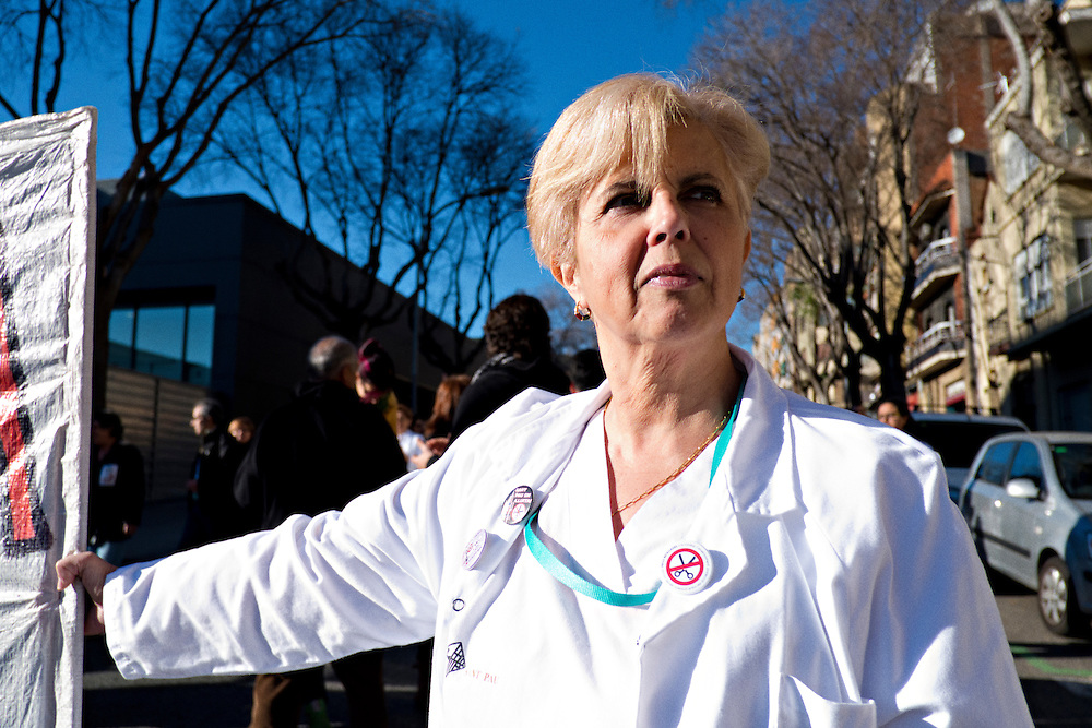 03-01-2013 Barcelona, Spain. Sant Pau hospital employees demonstrate against the increasing cuts in the public sector.<br />