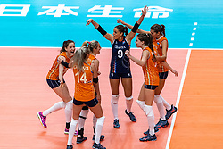 03-10-2018 NED: World Championship Volleyball Women day 5, Yokohama<br /> Argentina - Netherlands 0-3 / Maret Balkestein-Grothues #6 of Netherlands, Maret Balkestein-Grothues #6 of Netherlands, Myrthe Schoot #9 of Netherlands, Yvon Belien #3 of Netherlands, Anne Buijs #11 of Netherlands