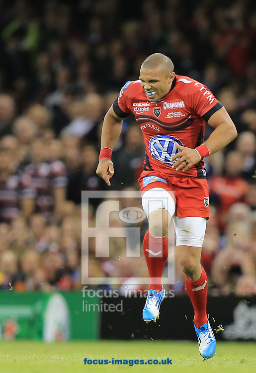 Bryan Habana of RC Toulon whines as he pulls up during the Heineken Cup Final at the Millennium Stadium, Cardiff<br /> Picture by Michael Whitefoot/Focus Images Ltd 07969 898192<br /> 24/05/2014