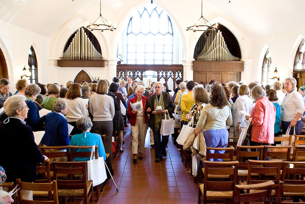 APR 24-26, 2009: The Westover School Founders Weekend. Saturday Chapel Line and Chapel for Classes of '39-'74. Alumnae and faculty celebrated the school's 100th birthday at the Westover School in Middlebury, Connecticut. ...