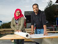Mohammed et Rahma de l'Erythr&eacute;e<br /> Agettes depuis 1 annee Participent volontiers aux pr&eacute;poaratifs <br /> <br /> PREPARATION DE RACLAGETTES<br /> 2017<br /> (OLIVIER MAIRE)