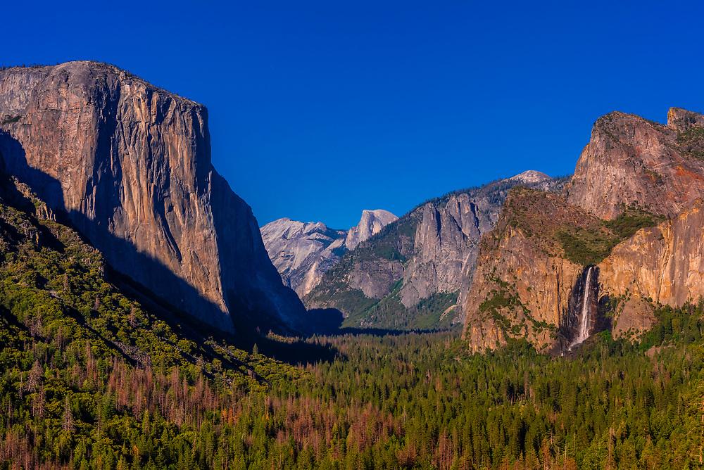 Yosemite Valley with El Capitan, Half Dome and Bridalveil Fall, Yosemite National Park, California USA.