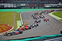 Primeira volta do Grande Prémio do Brasil de Fórmula 1, em Interlagos, São Paulo. FOTO: Jefferson Bernardes/Preview.com