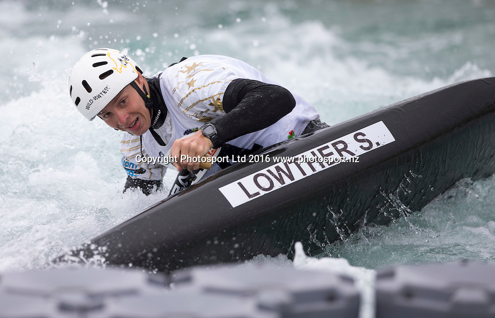 Australia's Steven Lowther in action, WhitewaterXL, Vector Wero Whitewater Park,  Auckland, New Zealand. Friday 25 November 2016. © Copyright Photo: www.Photosport.nz