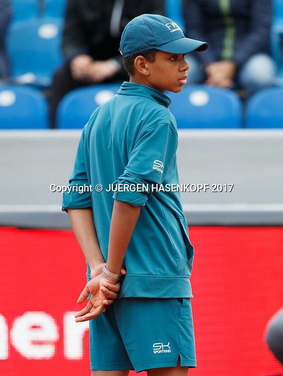 BMW Open 2017,Balljunge,Ballkinder,<br /> <br /> Tennis - BMW Open 2017 -  ATP  -  MTTC Iphitos - Munich -  - Germany  - 3 May 2017.