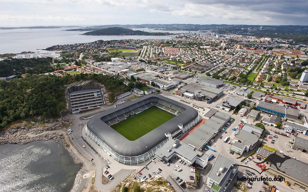 Kristiansand, 20090817.<br /> S&oslash;r Arena er hjemme-stadion til eliteserielaget Start i Kristiansand, her sett fra luften en augustdag.<br /> Foto: Tor Erik Schr&oslash;der