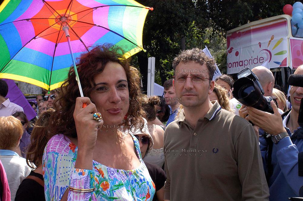 Roma 7 Giugno 2008.Gay Pride 2008.La Sfilata del Gay pride, orgoglio omossessuale per le vie della città..Vladimir Luxuria Italy's first trans-gender member of parliament e Massimiliano Smeriglio