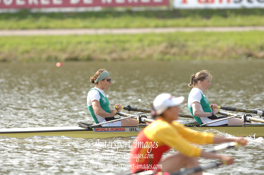 Amsterdam, HOLLAND, IRL LW2X, sinead JENNING and Niamh NI CHEILLECHER,  at the 2007 FISA World Cup Second Round, Finals day,  at the Bosbaan Regatta Rowing Course. 24.06.2007[Mandatory Credit: Peter Spurrier/Intersport-images]...... , Rowing Course: Bosbaan Rowing Course, Amsterdam, NETHERLANDS