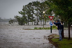 September 13, 2018 - New Bern, North Carolina U.S. - Major flooding is seen nearly sixteen hours before the landfall of Hurricane Florence, as early storm surges caused the Neuse River to rise above its' banks and into downtown New Bern, NC. (Credit Image: © Michael Candelori/ZUMA Wire)