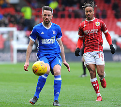 Bobby Reid of Bristol City chases down Cole Skuse of Ipswich Town - Mandatory by-line: Nizaam Jones/JMP - 17/03/2018 - FOOTBALL - Ashton Gate Stadium- Bristol, England - Bristol City v Ipswich Town - Sky Bet Championship