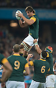 London, Great Britain, Lock, Ebaen ETZEBETH, collect a clean line out ball, during the South Africa vs Argentina. 2015 Rugby World Cup, Bronze Medal Match.Queen Elizabeth Olympic Park. Stadium, Stratford. East London. England,, Friday  30/10/2015. <br /> [Mandatory Credit; Peter Spurrier/Intersport-images]