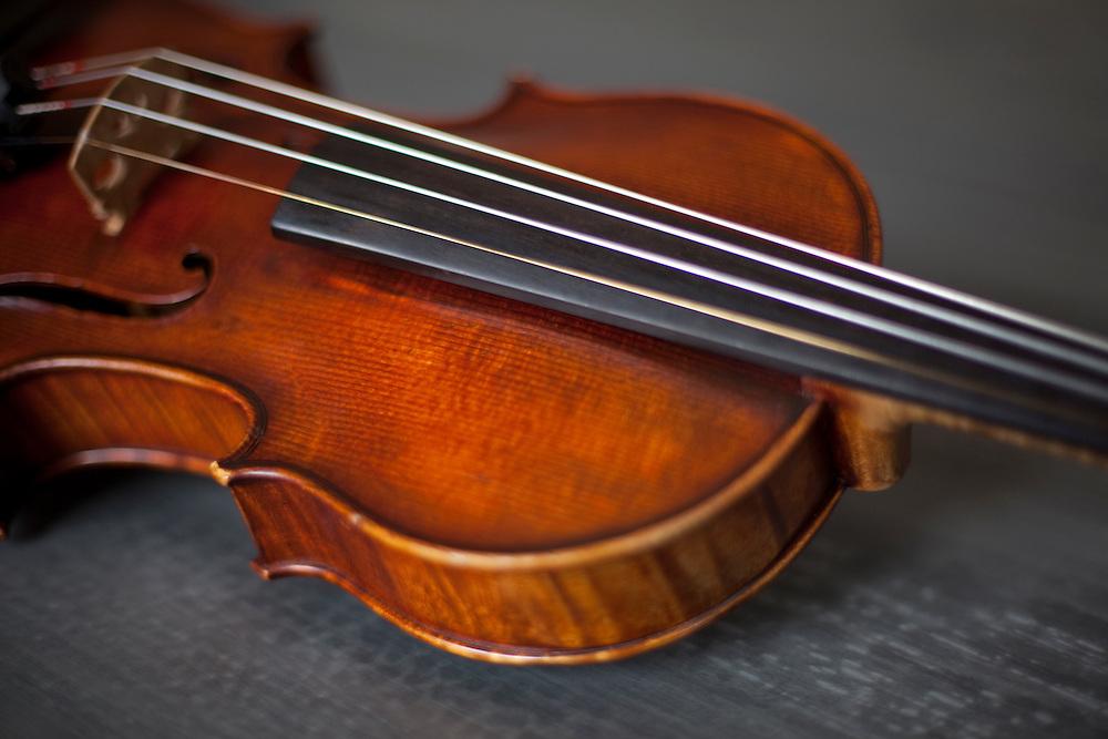 Luthier violin manufactured by Emile Boulangeot.