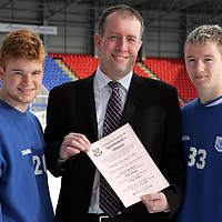 Launch of St Johnstone FC Sportsman's Dinner in aid of the Youth Team Development.  Pictured from left, Stevie McManus, Mark Young (HBOS) and Andy Jackson.<br />Picture by Graeme Hart.<br />Copyright Perthshire Picture Agency<br />Tel: 01738 623350  Mobile: 07990 594431