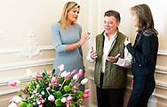 De Nobelprijs voor de Vrede is vrijdag toegekend aan president Juan Manuel Santos van Colombia. De prijs wordt ook opgedragen aan de gehele Colombiaanse bevolking. De keuze van het Nobelcomit&eacute; is opmerkelijk, aangezien de Colombiaanse bevolking het vredesakkoord tussen de regering en rebellenbeweging FARC vorige week in een referendum nipt afwees.  Manuel Santos<br /> Colombia, President Juan Manuel Santos meets   Dutch Queen MAxima of the Netherlands visit with the First Lady van Colombia, Mar&Igrave;a Clemencia Rodr&Igrave;guez M˙nera a day care centre for children 0-5 years. COPYRIGHT ROBIN UTRECHT