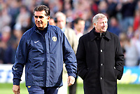 Photo: Daniel Hambury.<br />Fulham v Manchester United. The Barclays Premiership. 01/10/2005.<br />Manchester Utd's assistant manager, Carlos Queiroz and his boss, Sir Alex Ferguson.
