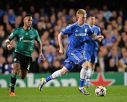 06.11.2013, Stamford Bridge, London, ENG, UEFA CL, FC Chelsea vs FC Schalke 04, Gruppe E, im Bild Chelsea's Kevin De Bruyne runs with the ball // Chelsea's Kevin De Bruyne runs with the ball during UEFA Champions League group E match between FC Chelsea and FC Schalke 04 at the Stamford Bridge in London, Great Britain on 2013/11/06. EXPA Pictures © 2013, PhotoCredit: EXPA/ Mitchell Gunn<br /> <br /> *****ATTENTION - OUT of GBR*****