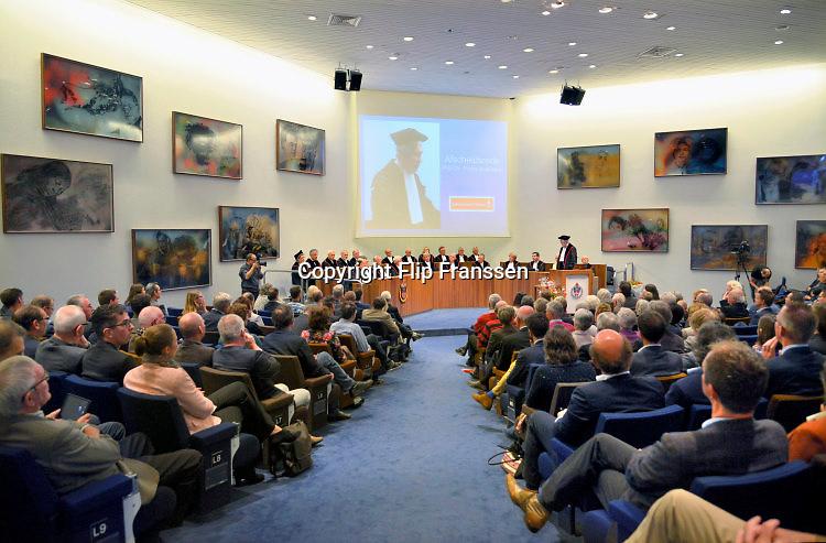 Nederland, Nijmegen, 31-10-2015 Oratie, voordracht, rede, afscheidsrede in de aula van de RU, Radboud Universiteit. FOTO: FLIP FRANSSEN