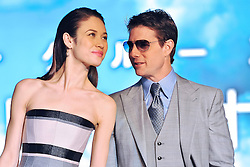 59619355 .Olga Kurylenko and Tom Cruise at the Japan Premiere from Oblivion in the Roppongi Hills Arena, Tokyo, Japan, May 8, 2013. Photo by:  imago / i-Images.UK ONLY