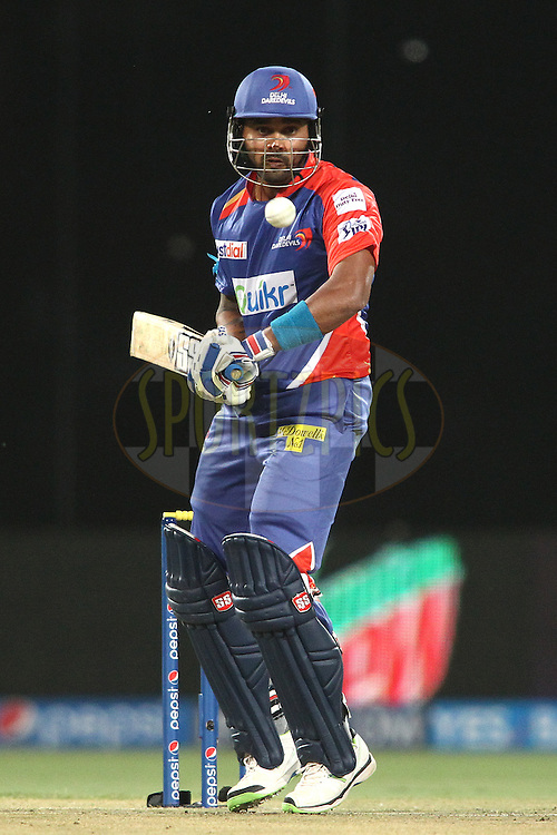 Murali Vijay of the Delhi Daredevils  sways out of the way of a short delivery during match 23 of the Pepsi Indian Premier League Season 2014 between the Delhi Daredevils and the Rajasthan Royals held at the Feroze Shah Kotla cricket stadium, Delhi, India on the 3rd May  2014<br /> <br /> Photo by Shaun Roy / IPL / SPORTZPICS<br /> <br /> <br /> <br /> Image use subject to terms and conditions which can be found here:  http://sportzpics.photoshelter.com/gallery/Pepsi-IPL-Image-terms-and-conditions/G00004VW1IVJ.gB0/C0000TScjhBM6ikg