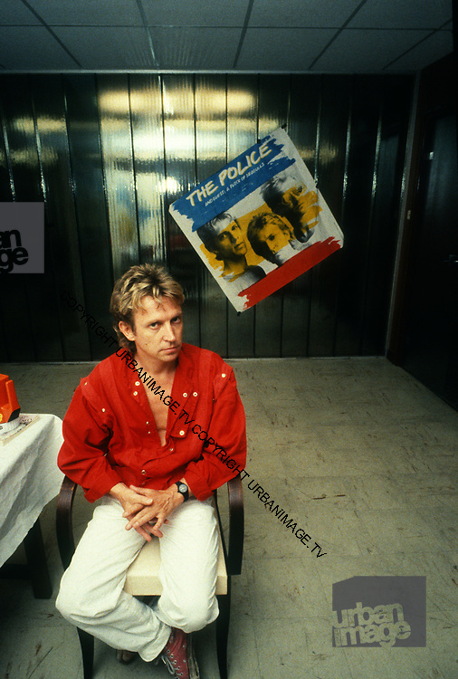 Andy Summers  backstage - The Police -1980