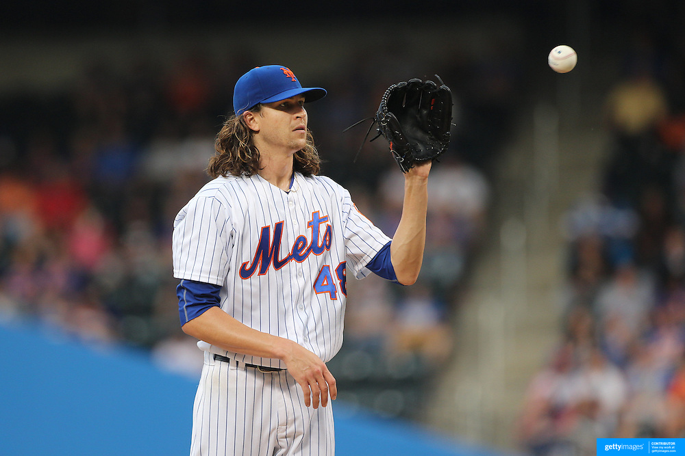NEW YORK, NEW YORK - July 01: Pitcher Jacob deGrom #48 of the New York Mets pitching during the Chicago Cubs Vs New York Mets regular season MLB game at Citi Field on July 01, 2016 in New York City. (Photo by Tim Clayton/Corbis via Getty Images)