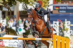 THIEME Andre (GER), Aretino<br /> Paderborn - OWL Challenge 5. Etappe BEMER Riders Tour 2019<br /> Großer Preis von Paderborn (CSI3*)<br /> Springprüfung mit 2 Umläufen, international <br /> BEMER Riders Tour, Wertungsprüfung 5. Etappe <br /> 15. September 2019<br /> © www.sportfotos-lafrentz.de/Stefan Lafrentz
