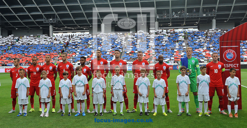 England line up during the UEFA Euro 2016 Qualifying match at Stozice Stadium, Ljubljana<br /> Picture by Stefano Gnech/Focus Images Ltd +39 333 1641678<br /> 14/06/2015
