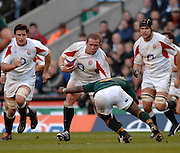 Twickenham, GREAT BRITAIN, Phil VICKERY, is caught low, by Kambamba FLOORS, during the, Investec 2006 Rugby Challenge, England vs South Africa, at Twickenham Stadium, ENGLAND on Sat 25.11.2006. [Photo, Peter Spurrier/Intersport-images]
