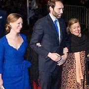 NLD/Scheveningen/20131130 - Inloop concert 200 Jaar Koningrijk der Nederlanden, prinses Margarita, partner Tjalling ten Cate en prinses Christina