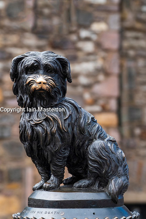 Statue of Greyfriars Bobby in Old Town of Edinburgh, Scotland, UK