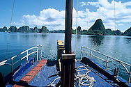 Halong Bay, Vietnam by chrispeus.com, christophe peus