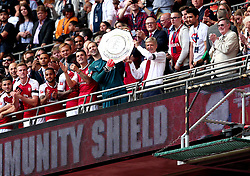 Arsenal manager Arsene Wenger and Petr Cech of Arsenal lift the Community Shield - Mandatory by-line: Robbie Stephenson/JMP - 06/08/2017 - FOOTBALL - Wembley Stadium - London, England - Arsenal v Chelsea - FA Community Shield