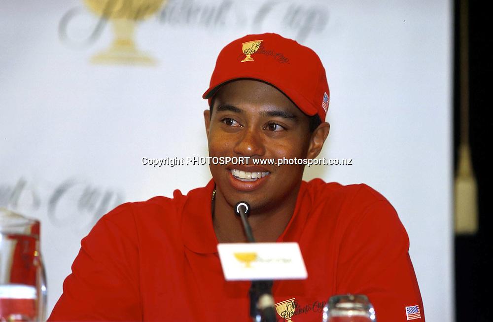 Tiger Woods speaks to media, Presidents Cup, USA golf, 1998. photo: Andrew Cornaga/PHOTOSPORT