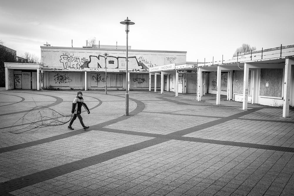 Germany - Deutschland - Berlin Marzahn-Hellersdorf; AFD stronghold in Eastern Berlin; Here: Hellersdorf, Boulevard Kastanienallee; abbanoned shopping mall; 23.11.2017; © Christian Jungeblodt